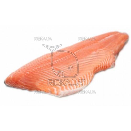 Филе лосося на шкуре 0,5+
