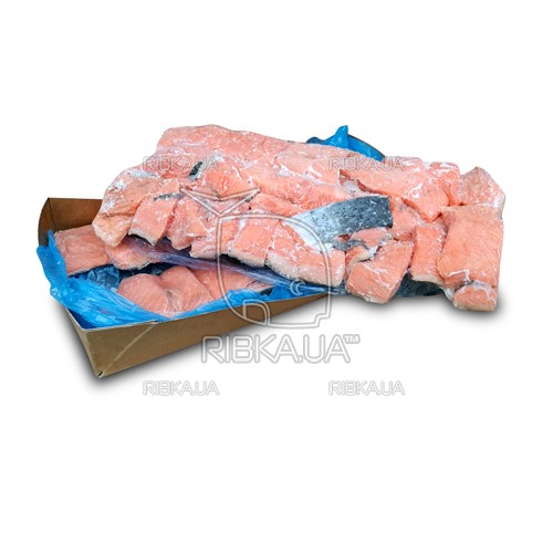 Куски филе лосося на шкуре с/м (7,5 кг)